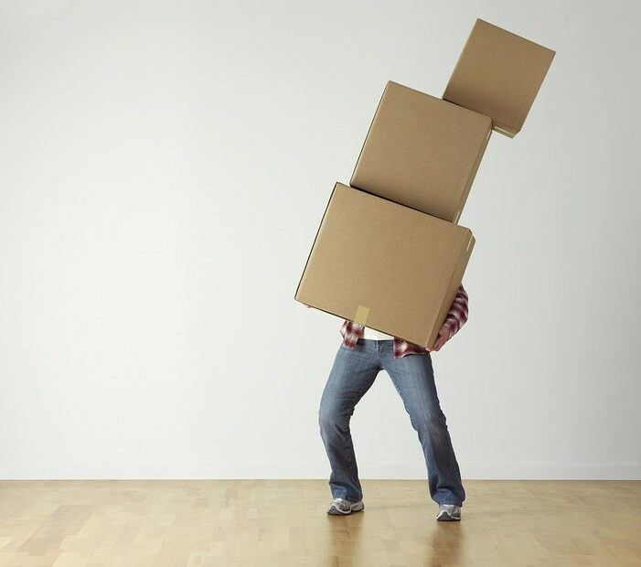 Les modalités de location d'un monte meuble pour vos objets lourds